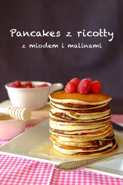 Pancakes z ricotty z miodem i malinami